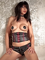 Desyra Noir dressed up in some leather | MyBigMILFBooty.com