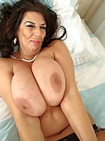 British slut shows her huge tits